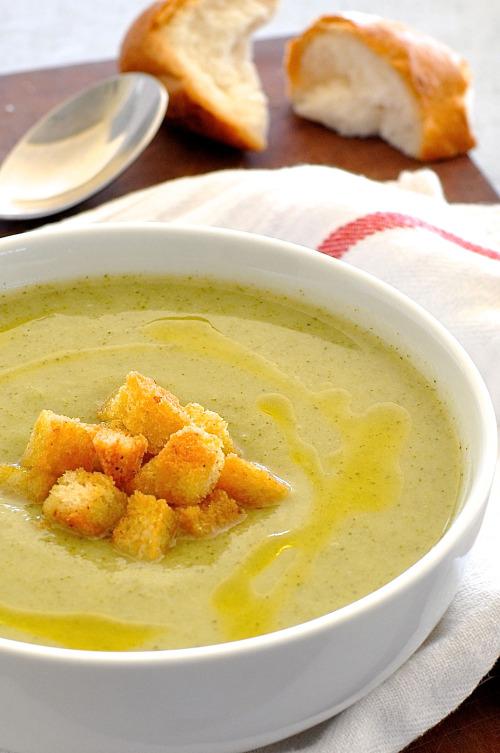 Creamy Healthy Broccoli Soup