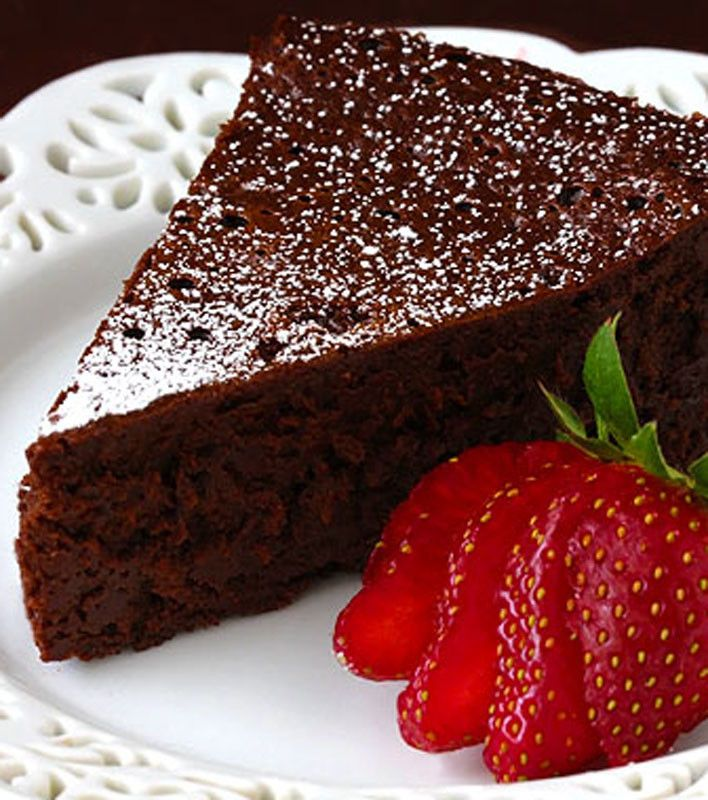 Flourless Chocolate Cake (2)