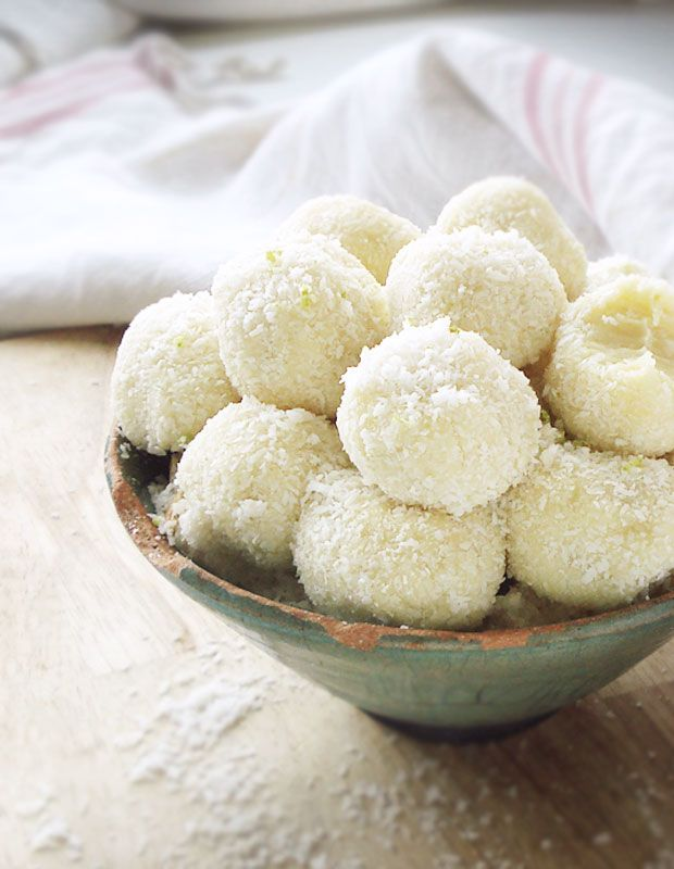 5-Minute White Chocolate Coconut Truffles