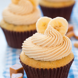 Banana-Cupcakes-with-Salted-Caramel-Peanut-Butter-Frosting.jpg
