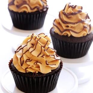 Chocolate-Peanut-Butter-Cupcakes.jpg