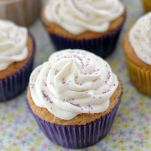 Peanut-Butter-Cupcakes.jpg