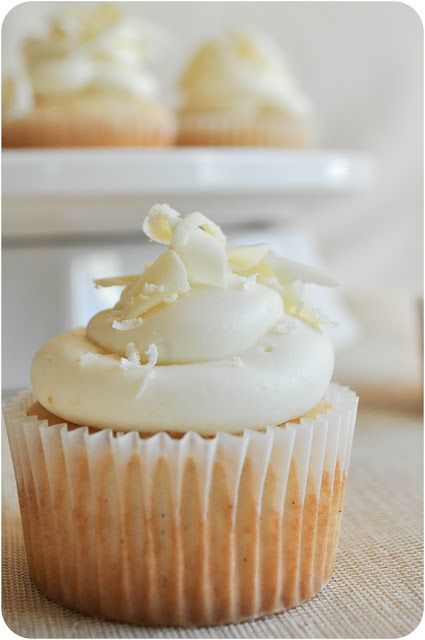 White Chocolate & Vanilla Bean Cupcakes