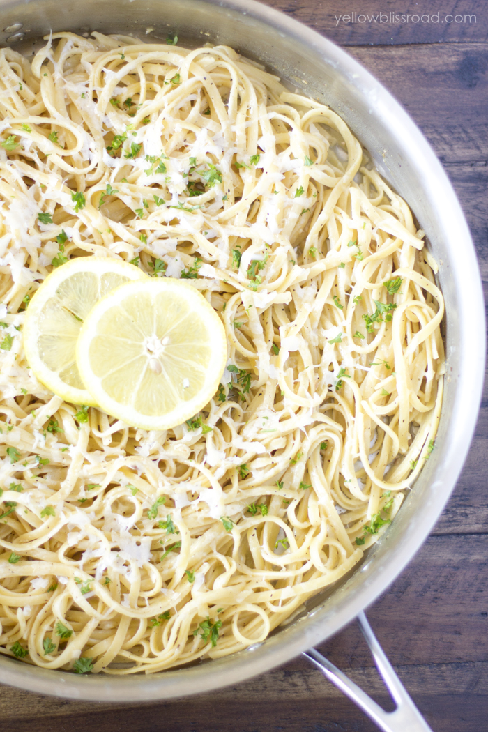 One Pan Lemon Garlic Pasta