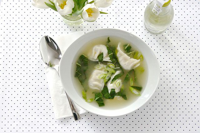 5-Minute Homemade Wonton Soup