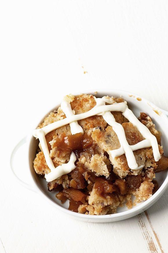 Apple Cinnamon Bun Cookie Cobbler