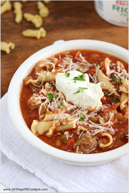 Slow Cooker Lasagna Soup with Italian Sausage