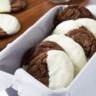 White-Chocolate-Dipped-Ginger-Cookies.jpg