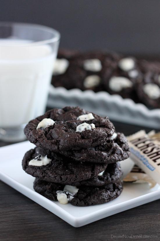 Dark Chocolate Cookies & Cream Cookies