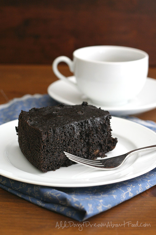 Slow Cooker Dark Chocolate Cake